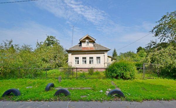 Жилой бревенчатый дом в д.Ефимьево (120 км от МКАД)